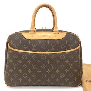 Louis Vuitton Monogram Deauville Boston Travel Bag